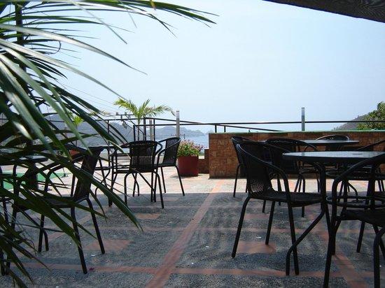 Hotel Kikuxtah : Terraza