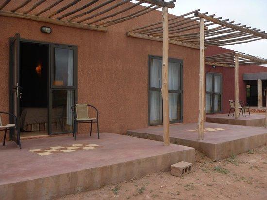 """Hotel Canon de Talampaya: """"Jardines"""" de las habitacione4s"""