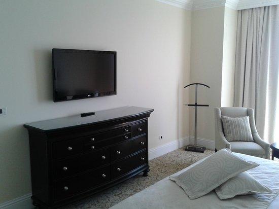 Royal Princess Hotel: Bedroom