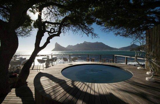 Tintswalo Atlantic: The world's best located giant jacuzzi