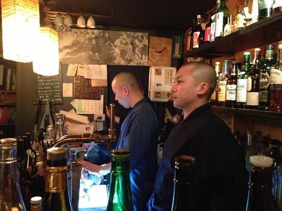 Vowz Bar: The crew