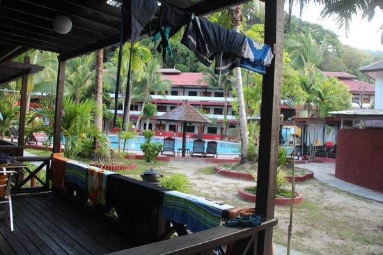 Arwana Perhentian Eco Resort & Beach Chalet: Our room