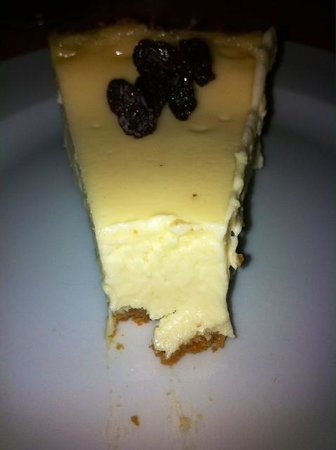 Laguna Azul Eco Lodge: Homemade cheesecake was our daughters favorite of Francisco's.