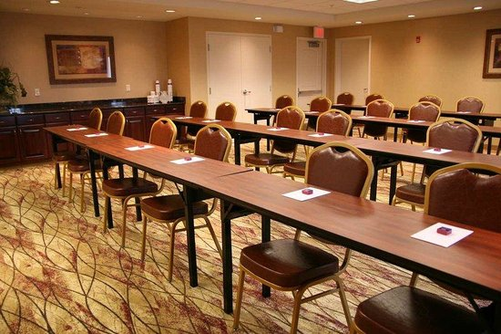 Hampton Inn and Suites Peoria at Grand Prairie: Meeting Room