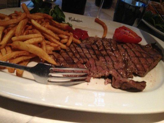 Chez Mal: Rump steak and frites