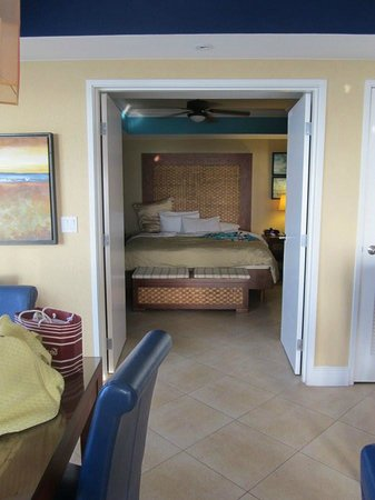 Divi Aruba Phoenix Beach Resort: Master closes off to rest of suite - for nap time!