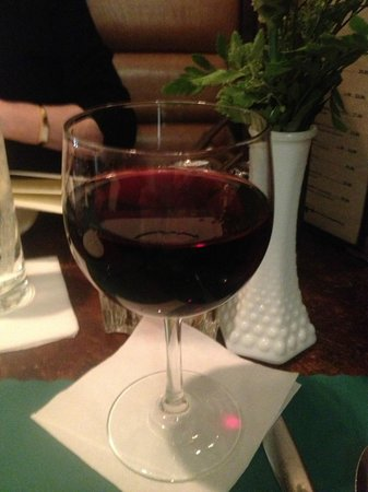 Mansard Inn: Great wine at a Great Value!