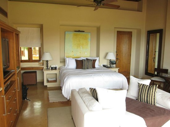 Esperanza - Auberge Resorts Collection: Awesome size room