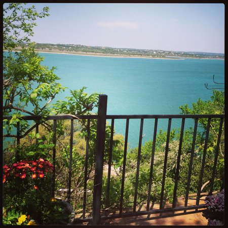 Lakehouse Bed & Breakfast: View from the private deck