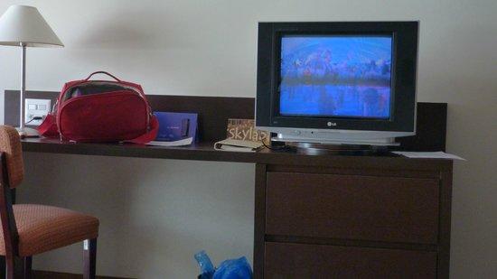 Rio Othon Palace Hotel: Televisor habitación lujo.