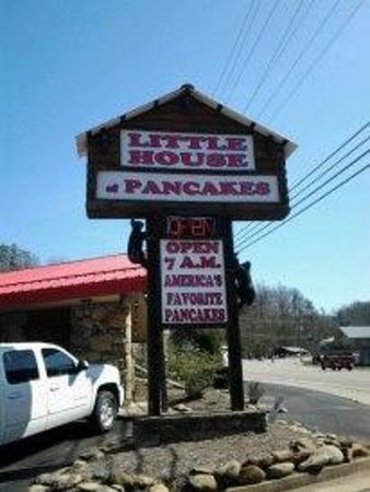 Little House Of Pancakes Sign