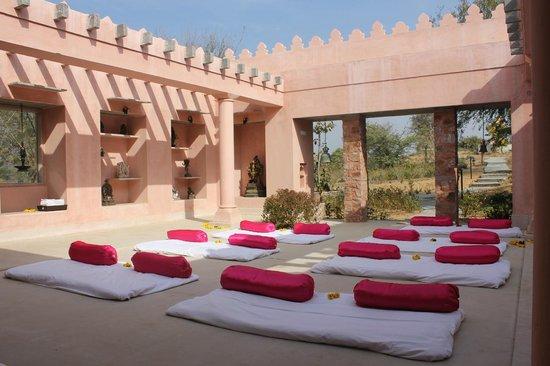 Tree of Life Resort & Spa Jaipur : Meeting at the Ganesh Abode