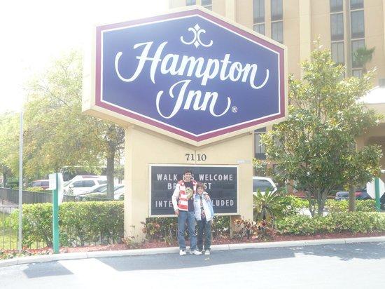 Hampton Inn Orlando Near Universal Blv / International Dr: Excelente servicio y ubicación