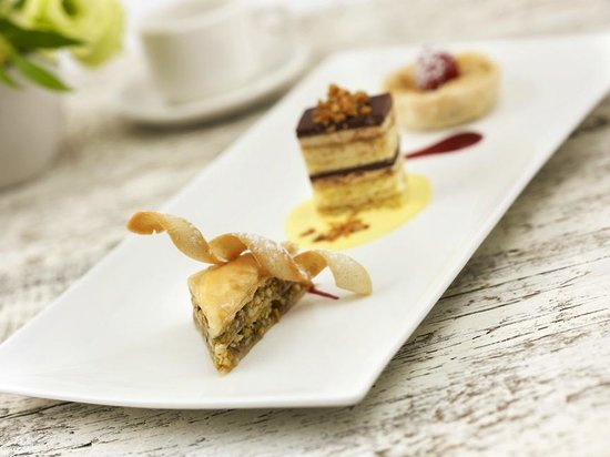 Merrill Inn: Trio of Signature Desserts