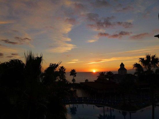 Sunlight Bahia Principe Tenerife: sunset