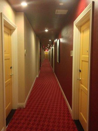 Kimpton Hotel Monaco Philadelphia: Hallway