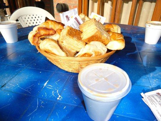 Tilcara Sierras: Desayuno