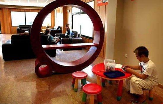 Hotel Eliana Park: Lobby