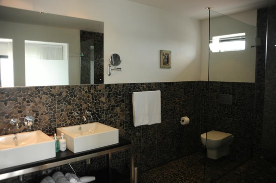 Dysart Boutique Hotel: bathroom