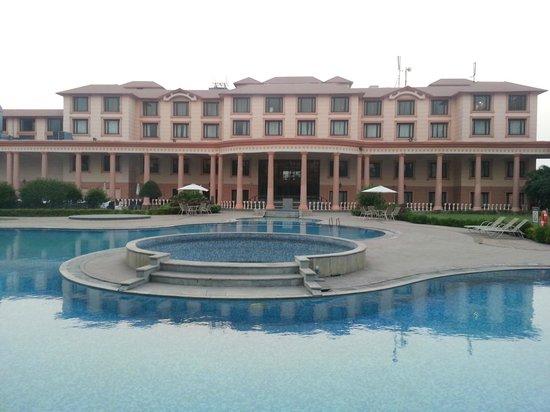 潘奇瓦蒂財富公園酒店照片