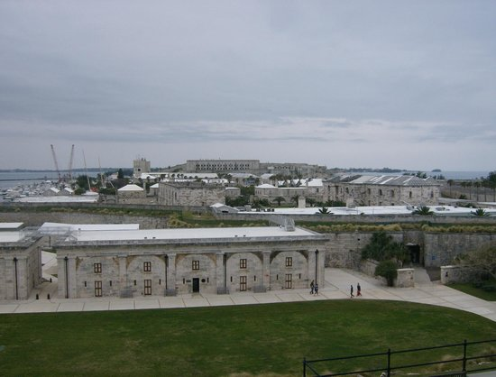 Rosedon Hotel: The Dockyard area