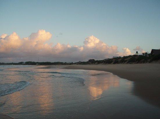 Casa na Praia Tofo: tofo al tramonto