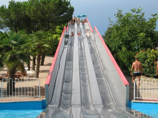 Cavour waterpark ariano 2018 all you need to know - Piscina g conti verona ...