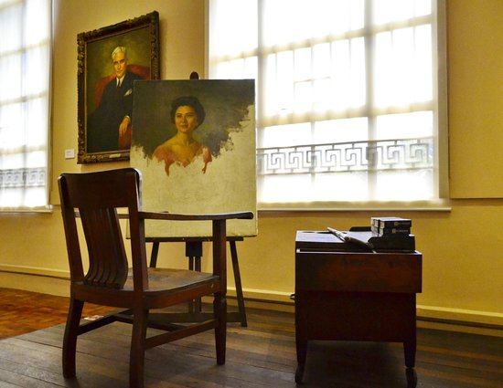 National Museum: Portrait of a Lady (unfinished)  Fernando Amorsolo