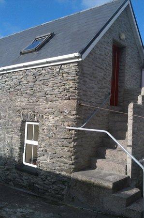 Sive Hostel: Little stone house