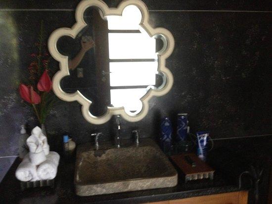 Chapung SeBali Resort and Spa: Second bedroom, bathroom