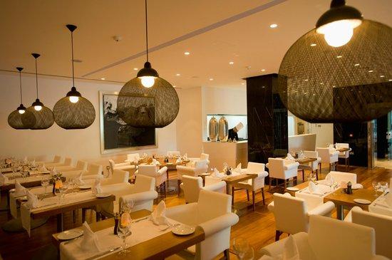 Mediterranean Beach Hotel: Ristorante Bacco