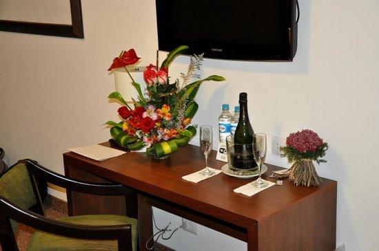 Tierra Viva Arequipa Plaza Hotel: Our honeymoon treat from the hotel