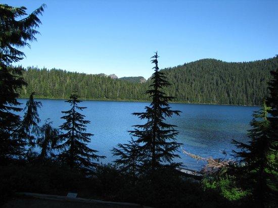 Wonderland Trail : Mowich Lake