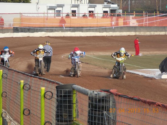 Glasgow Tigers Speedway: race start