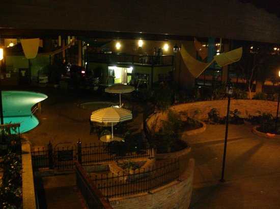 Holiday Inn Saint Louis West Six Flags : Pool area at night closed