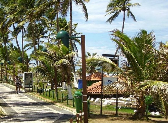 Lauro de Freitas, BA: Praia do Buraco da Velha em Vilas do Atlantico
