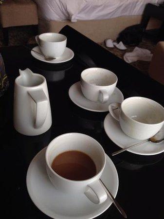 北京金融街洲際酒店: morning free room service @coffee
