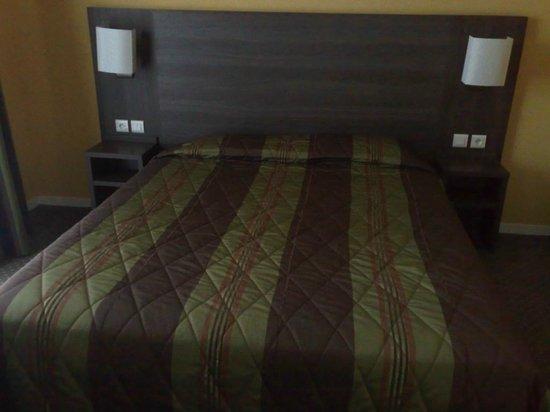 Hotel des Chateaux : le lit