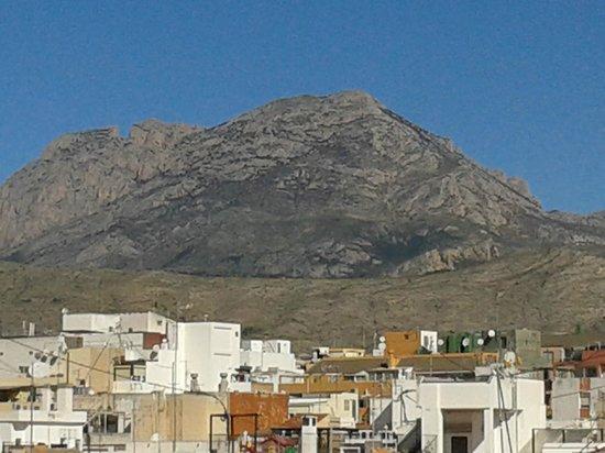 Estudios Benidorm: View to mountains