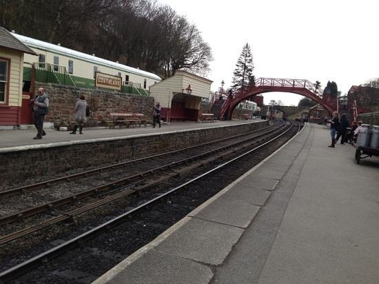 Goathland, UK: the station looking towards Hogwarts