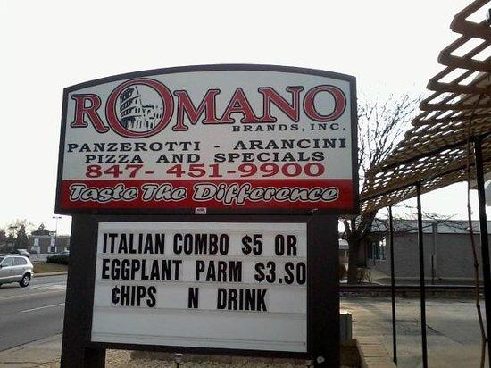 Romano's: Outside