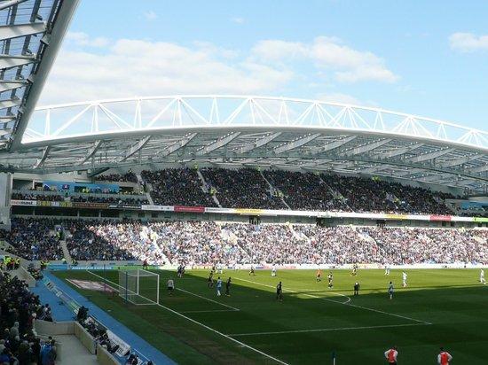 American Express Community Stadium: Smashing stadium