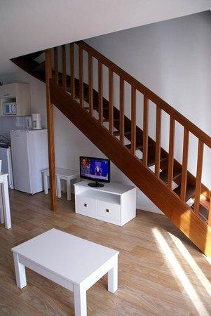 Le Salon Avec Escalier Donnant A L Etage Picture Of