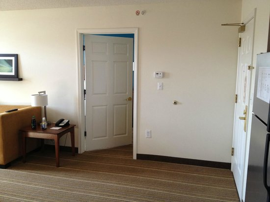 Residence Inn Silver Spring: Room 429 - Common Area