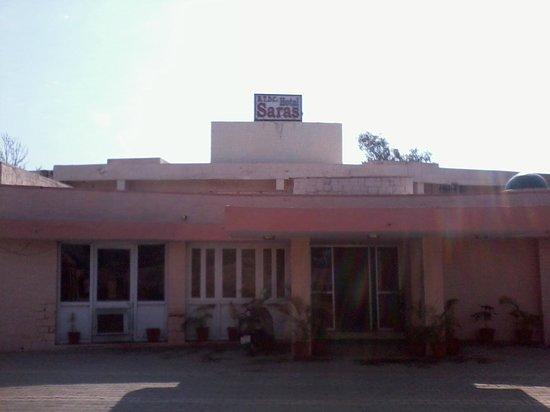 Hotel Saras