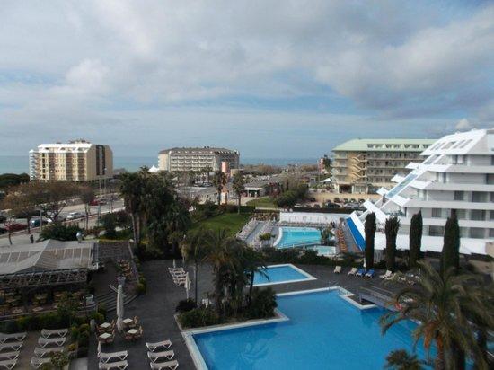 Aqua Hotel Onabrava & Spa: Altijd vrij en mooi zicht van de kamer! Weer of geen weer!