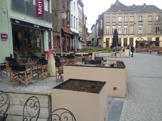 Mercure Mechelen Ve: front of hotel