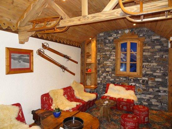 Hotel Le Sherpa - Val Thorens: à côté du bar