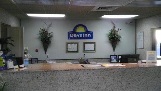 Days Inn Lake Park/Valdosta: Reception
