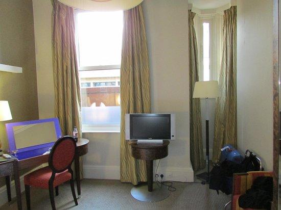 The Midland: Room interior
